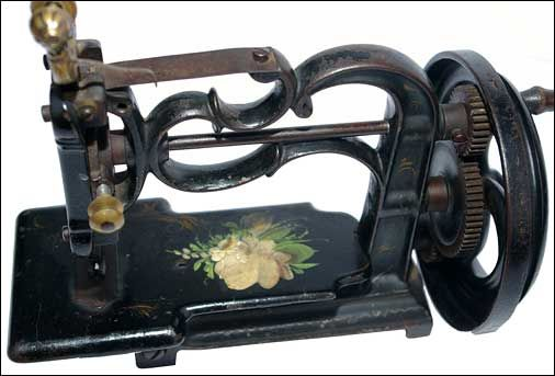 Early rare hand crank chain stitch cast iron sewing machine 1870s NO